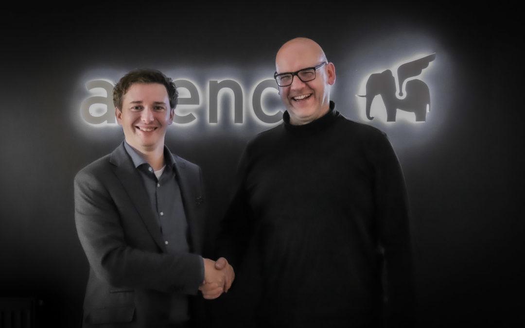 Zwei Unternehmen mit einer gemeinsamen Vision: avency übernimmt die Software Symbiose